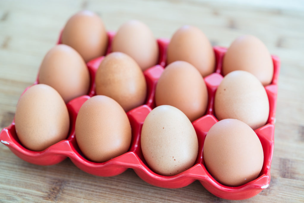 perfect-easy-to-peel-hard-boiled-eggs-02